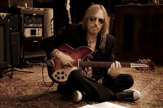 Tom Petty And The Heartbreakers Announce Tour « American Songwriter