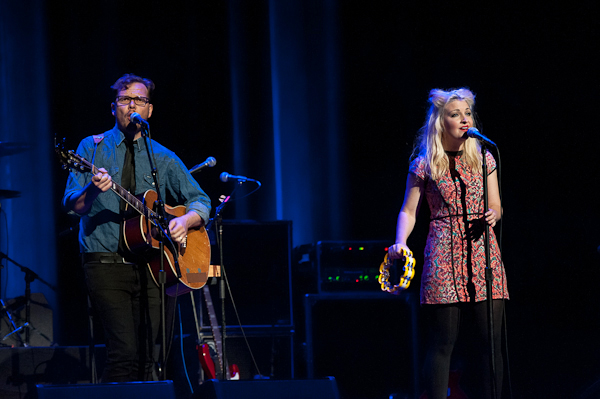 Aussie songwriter Kate Miller-Heidke opened the show.
