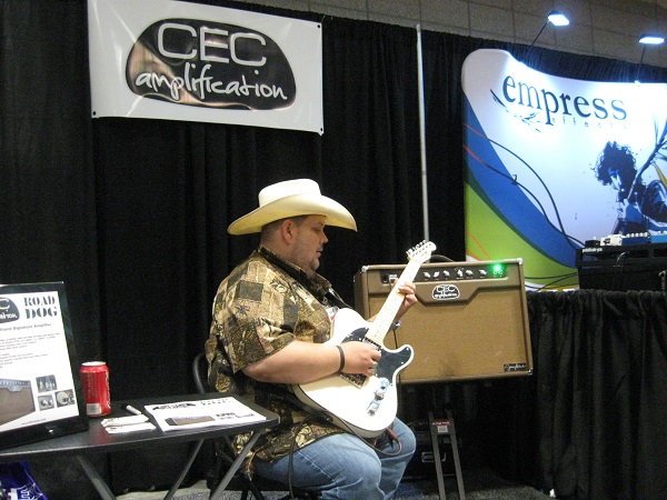 """Nashville Superpicker"" Johnny Hiland (Ricky Skaggs, Hank III) plays through the CEC Road Dog amplifier."