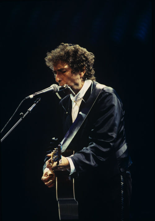 """1. """"Girl From The North Country"""" by Bob Dylan: The honoree showed all of his buddies how it was done with acoustic guitar and harmonica just like the old days. It's a mesmerizing effort, making it abundantly clear why everyone was there that night in the first place."""