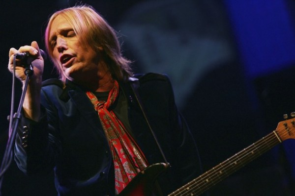 """2. """"License To Kill"""" by Tom Petty & The Heartbreakers: Dylan's version of this Infidels track was a bit of a misfire, which was a shame because the lyrics are prickly and fascinating. Petty rescues it by turning it into the kind of high-stakes ballad that he does best, complete with Mike Campbell's impassioned soloing in the closing moments."""