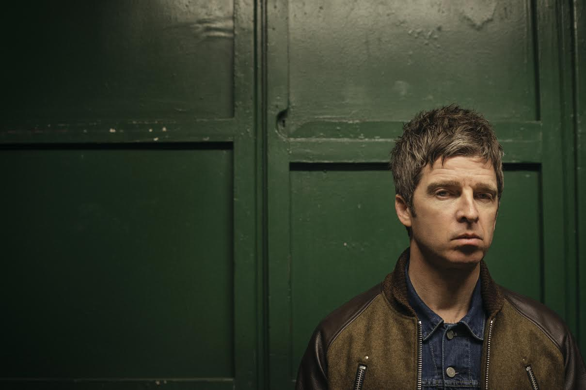 Noel Gallagher Bird On A Live Wire 171 American Songwriter